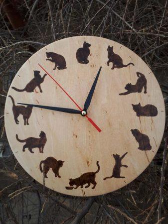 Cicás falióra - Macskások órája