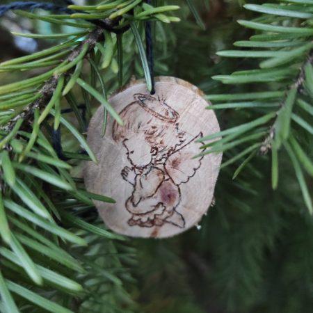 Angyalkás karácsonyfadísz