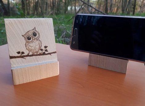 Baglyos, kézzel rajzolt egyedi mobiltelefon tartó