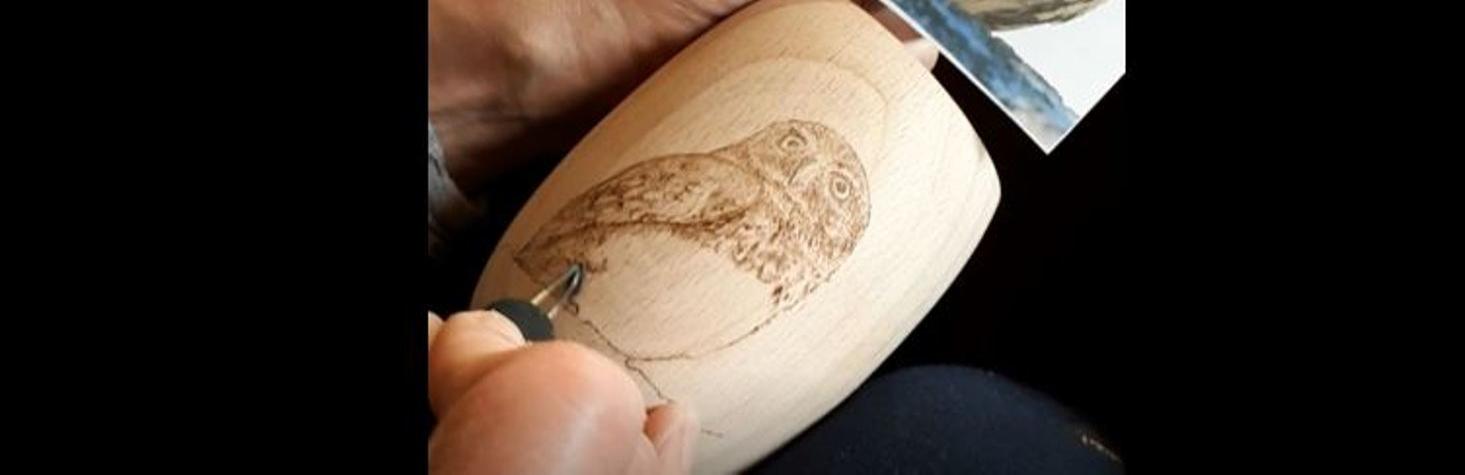 Baglyos tolltartó pirográffal rajzolása